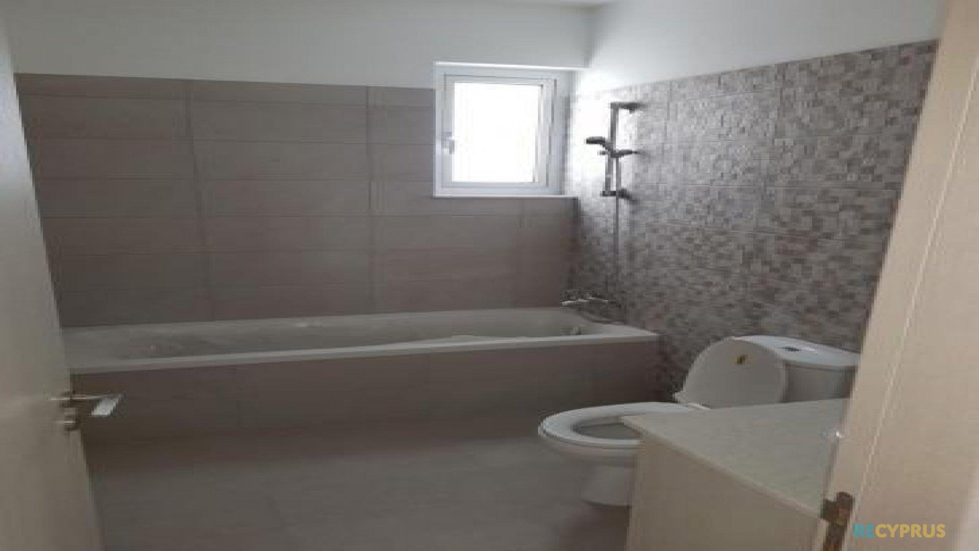 Apartment for sale City Center Larnaca Cyprus 10 3585