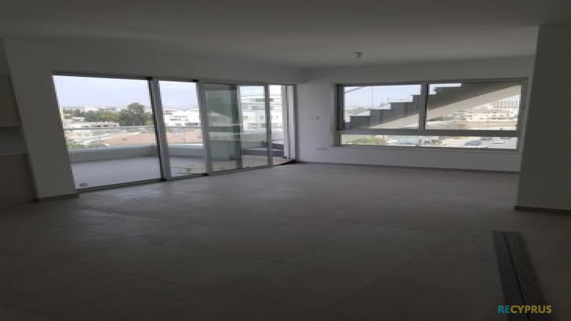 Apartment for sale City Center Larnaca Cyprus 11 3585