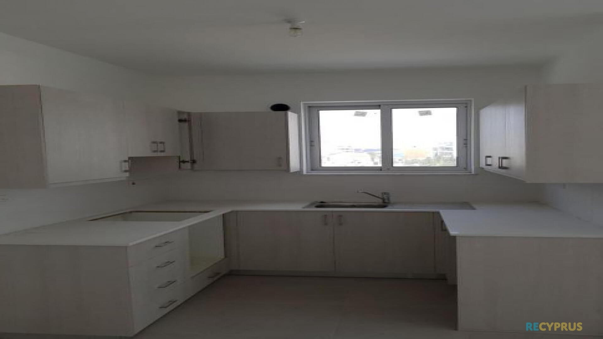 Apartment for sale City Center Larnaca Cyprus 5 3585