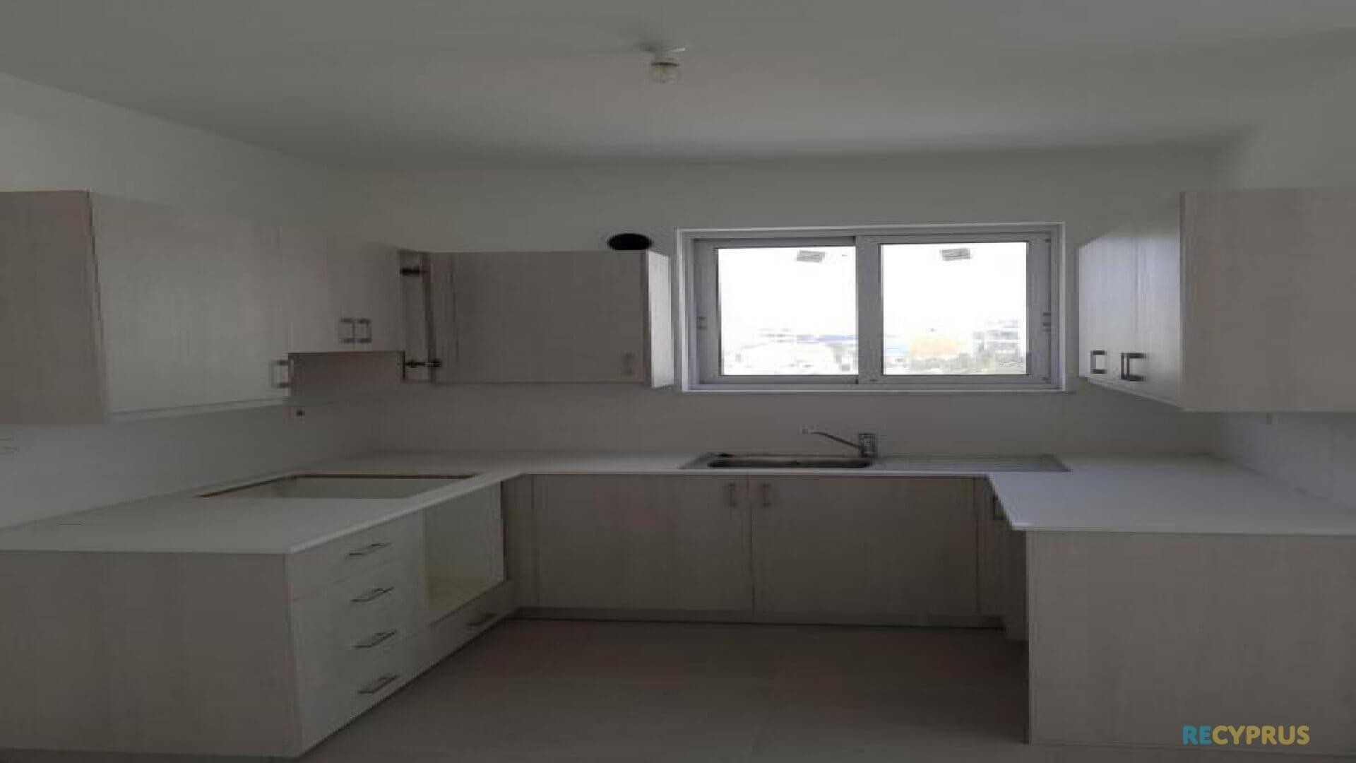 Apartment for sale City Center Larnaca Cyprus 5 3585