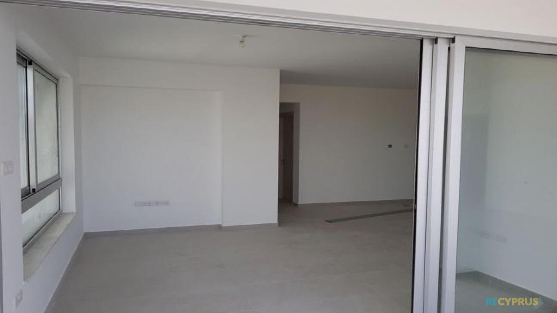 Apartment for sale City Center Larnaca Cyprus 6 3585